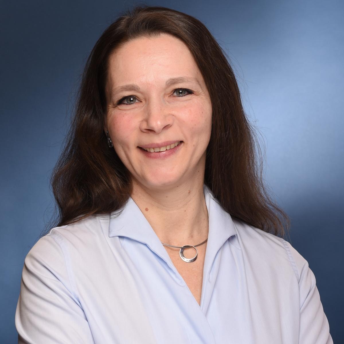 Dr. Urte Carroux